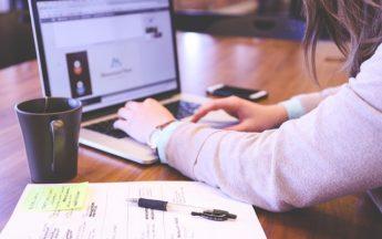 Portátil para Diseño Gráfico y Programación Web